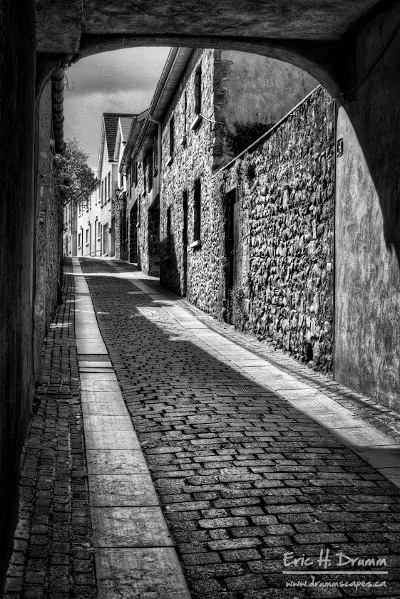 A street in Ireland by Eric Drumm
